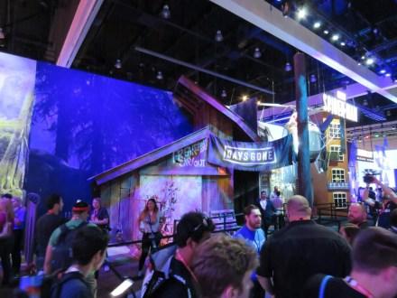 E3-2017-Show-Floor-Playstation-1
