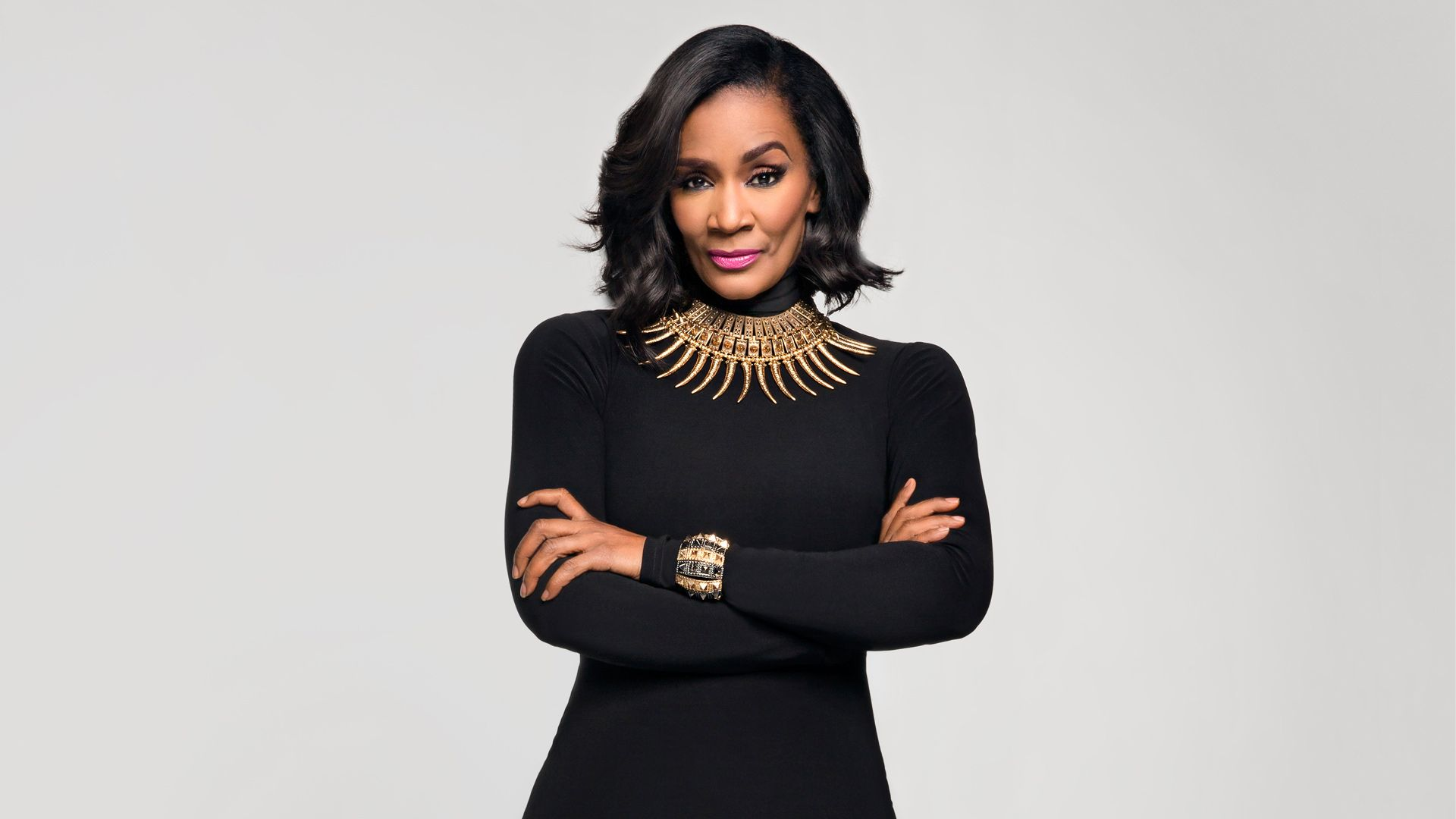 Momma Dee wants trump to Build the wall