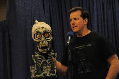 Jeff Dunham and Achmed making a surprise appearance at the Vent Haven Museum lecture