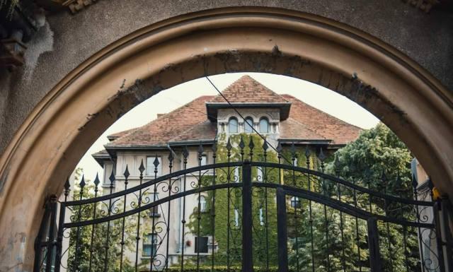 Clădire neoromânească de pe strada Maria Rosetti