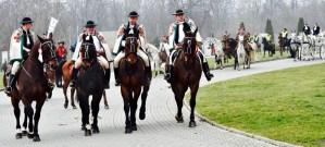 Cavalieri polacchi verso la via della misericordia