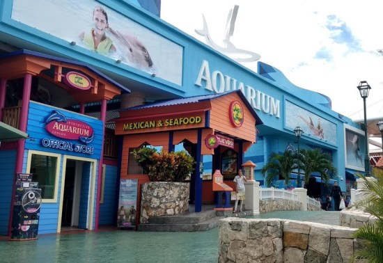 shopping cancun 5