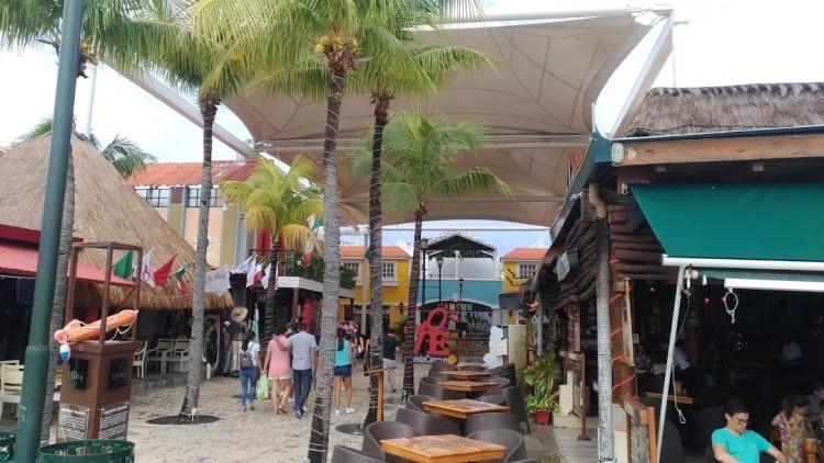 shopping cancun 8