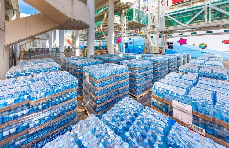 Embalagens de água para Bahamas