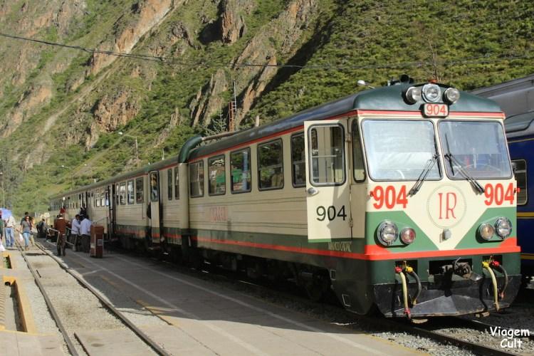 Esse é o trem do Inca Rail que vai de Ollantaytambo até Águas Calientes