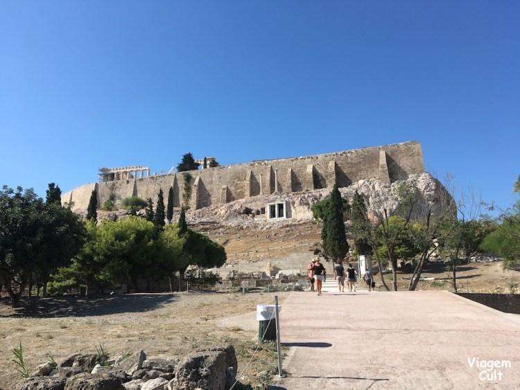 caminho até a acrópolis