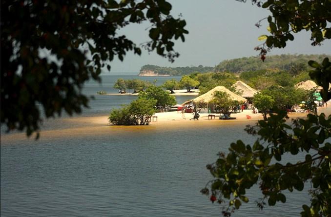 Ilha do Amor, em Alter de Chão, Santarém (foto: Eduardo Vessoni)