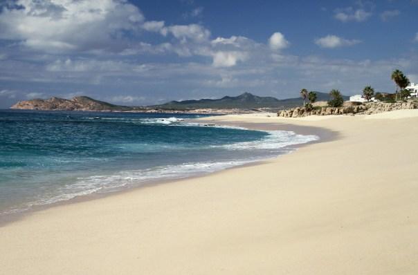 Praia em Los Cabos (foto: Eduardo Vessoni)