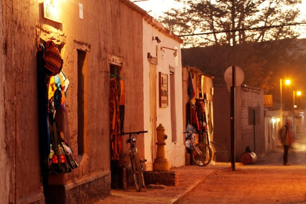 Rua Caracoles, San Pedro de Atacama (foto: Eduardo Vessoni)