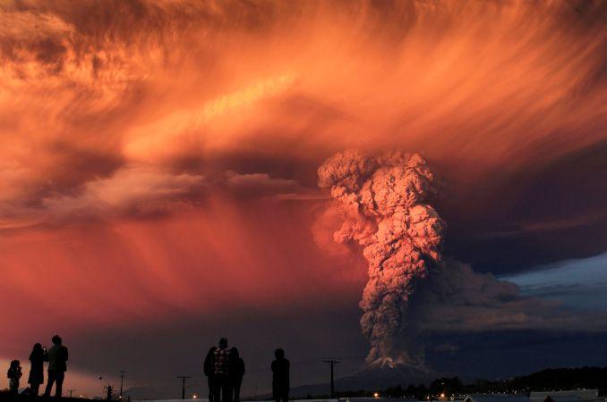 Vulcão Calbuco em erupção (foto: Domínio Público/Flickr-Creative Commons)