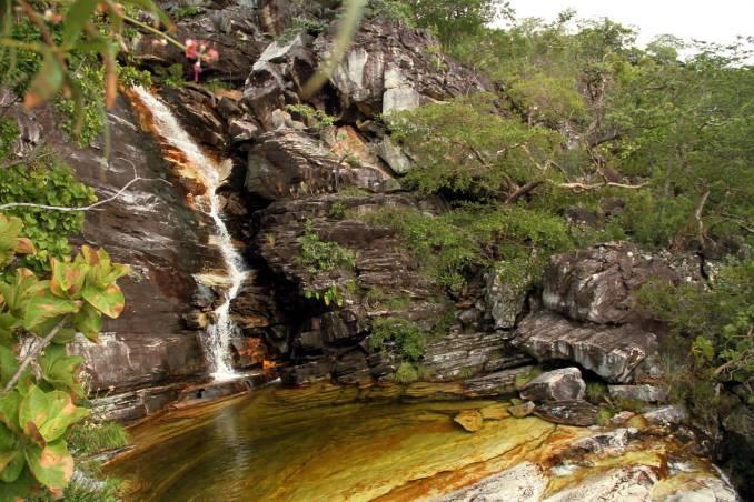 Cachoeira do Abismo, o principal atrativo da 'Trilha do Abismo', na Chapada dos Veadeiros (foto: Eduardo Vessoni)