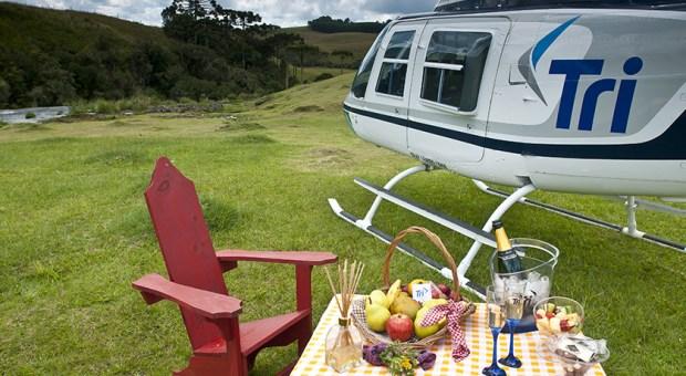 Os passeios de helicóptero incluem pousos para piqueniques no Vale dos Vinhedos e nos cânions de Cambará do Sul (foto: Divulgação)