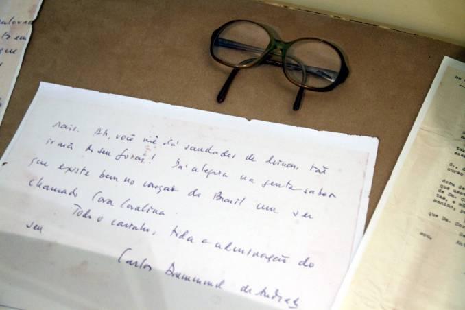 Carta do poeta Drummond a Cora Coralina (foto: Eduardo Vessoni)
