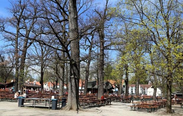 Hirschgarten, em Munique (foto: Wikimedia Commons)