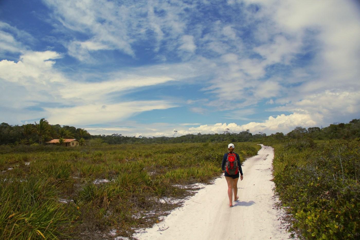 Trekking pela Praia do Espelho até Caraíva, no sul da Bahia (foto: Eduardo Vessoni)