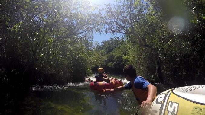Boia cross no rio Formoso (foto: Eduardo Vessoni)