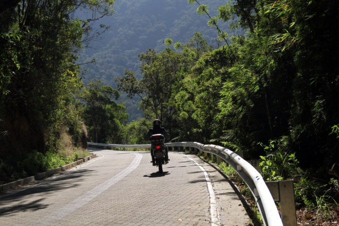 Estrada Parque, entre Cunha e Paraty (foto: Eduardo Vessoni)