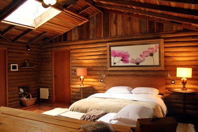 Interior da Cabana 15, na Pousada do Engenho, em São Francisco de Paula, no Rio Grande do Sul (foto: Eduardo Vessoni)