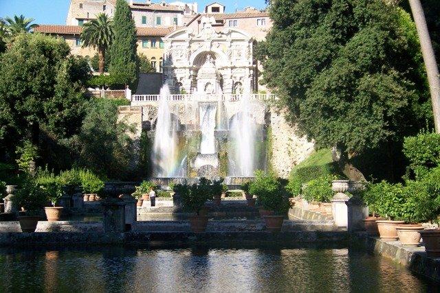 Guia brasileira em Roma e no Vaticano