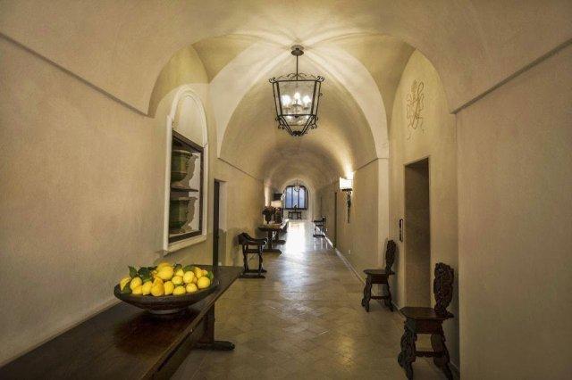 Dicas de hotéis de luxo e baratos na Costa Amalfitana