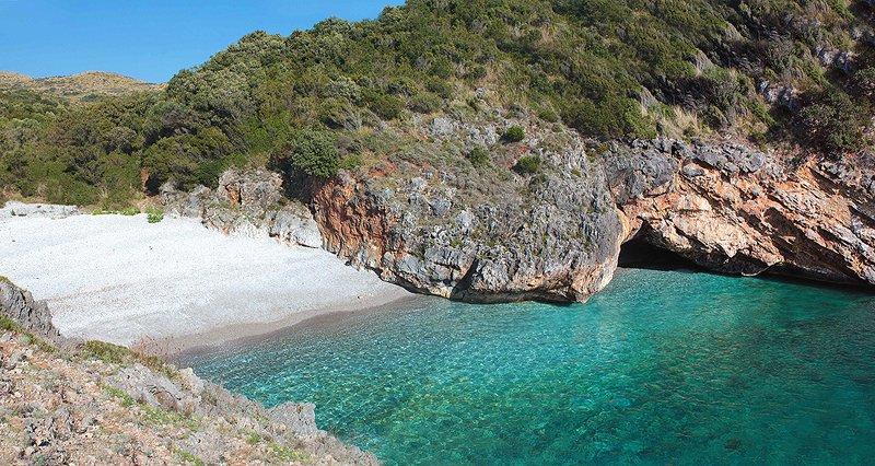 Praia mais bonita da Itália :Cala Bianca