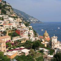 Serviços turísticos em Capri e Costa Amalfitana, sul da Itália