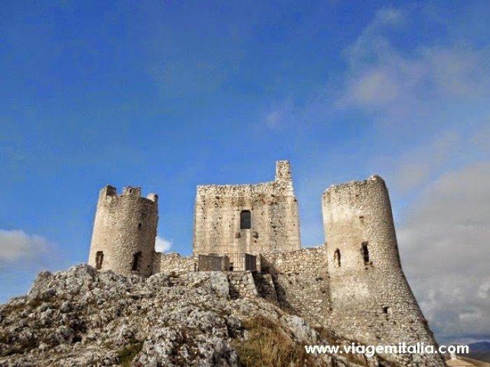 Castelos mais bonitos do mundo: Rocca Calascio, Italia
