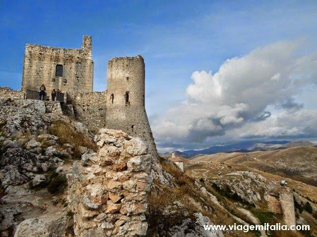 Rocca Calascio: um dos 15 castelos mais bonitos do mundo