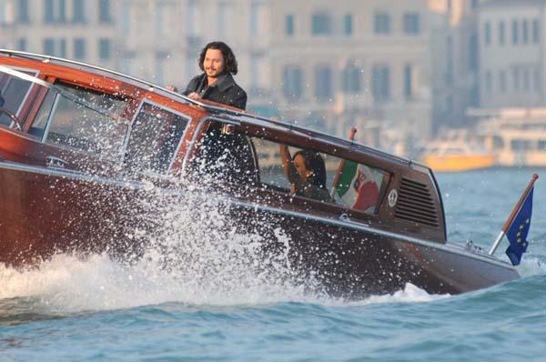 Francica Venezia, set del film The Tourist con Angelina Jolie e Johnny Depp in motoscafo in canale della Giudecca. 2010-03-16. Interpress-Matteo Tagliapietra/