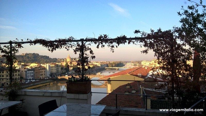 Hotel 4 estrelas Antica Torre di Via Tornabuoni 1, Florença