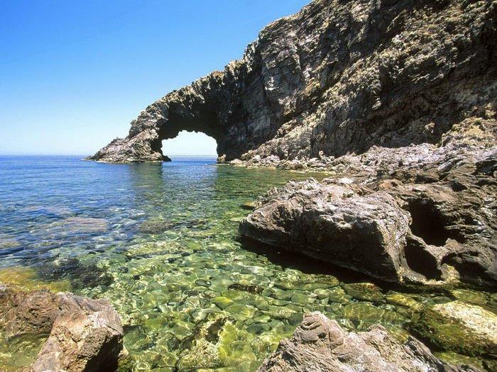 Arcos naturais mais bonitos da Itália: Arco do Elefante, Pantelleria