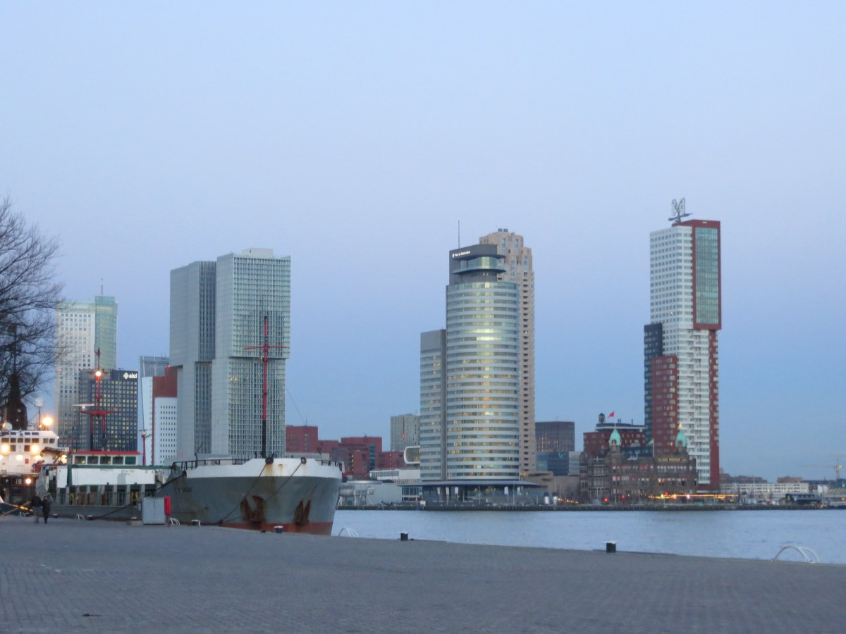 Rotterdam + Os Moinhos de Kinderdijk
