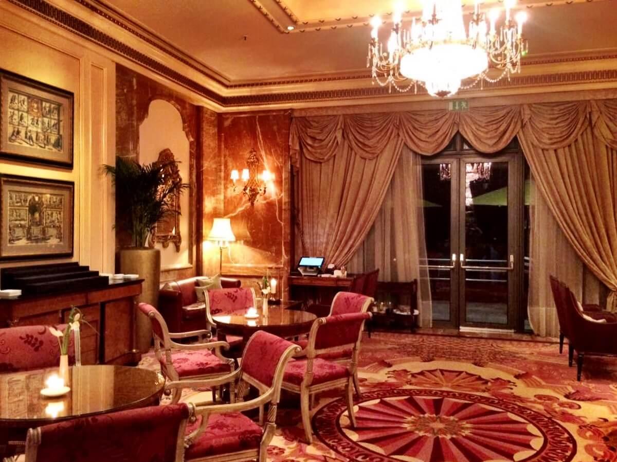 Hotel Regency Berlin: Requinte e muitas estrelas