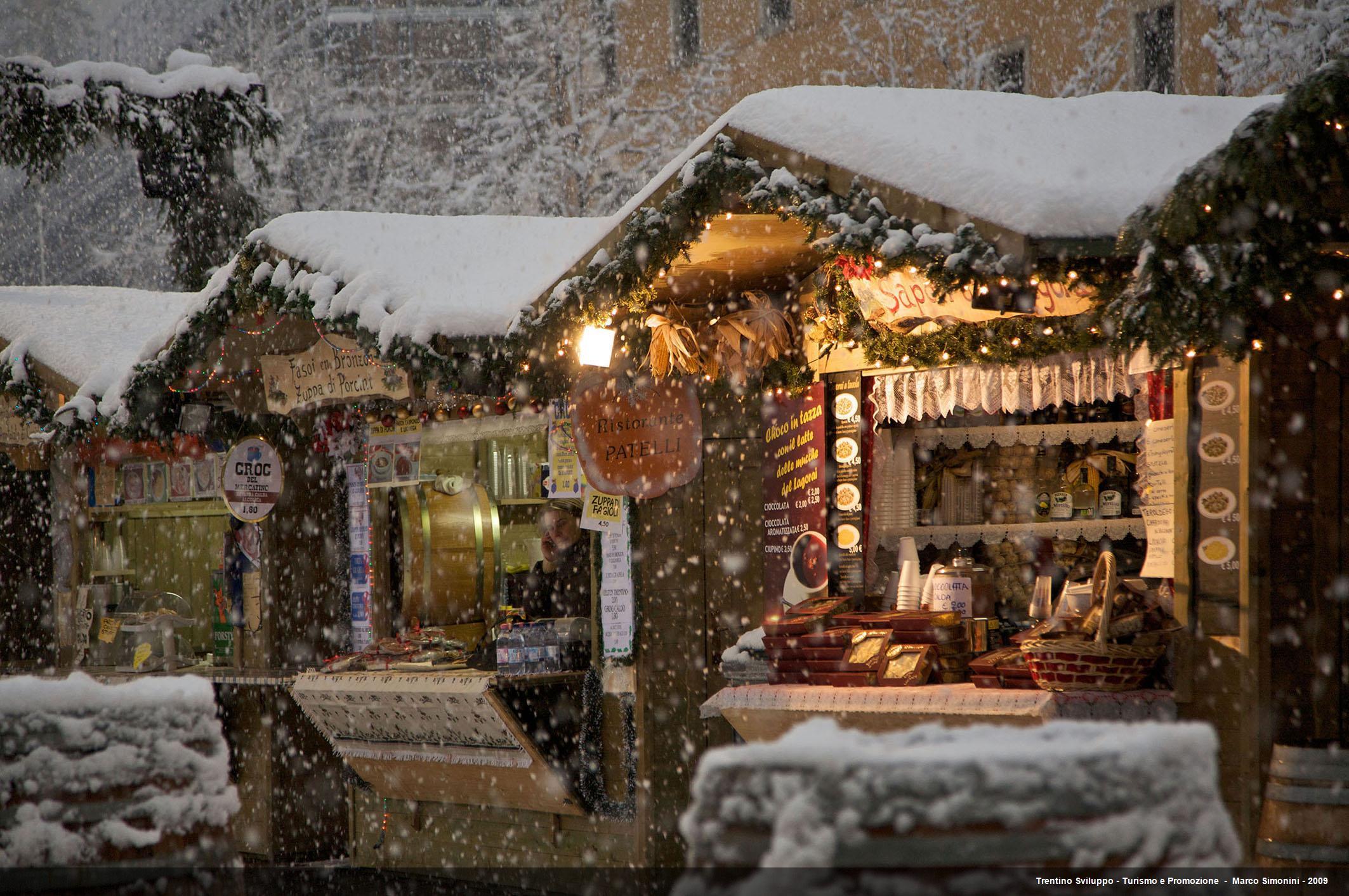Mercatini di Natale in Alto Adige il fascino dellartigianato locale  Blog per Viaggiatori