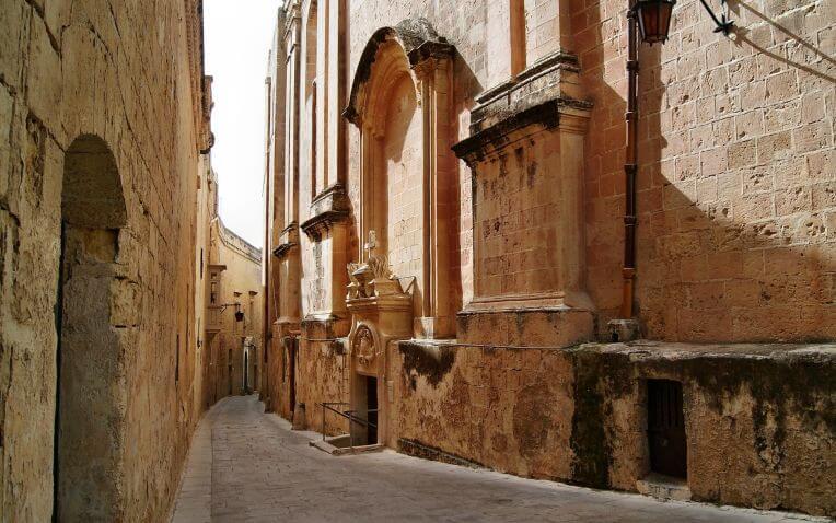 Vicoli della città di La Valletta a Malta