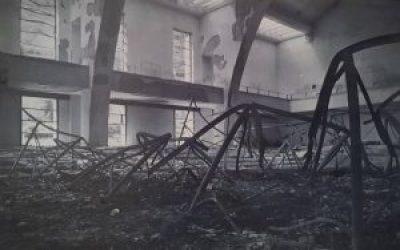 Foto d'epoca delle navi e del Museo dopo l'incendio del 31 maggio 1944