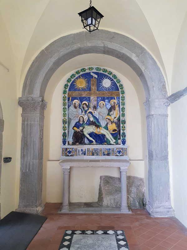 Cappella di Checco ci Montedoglio con la terracotta di Santi Buglioni