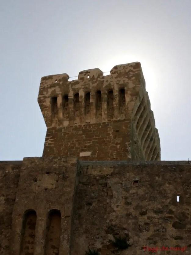 Torre del Castello di Populonia.