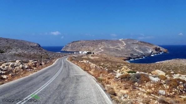La strada per Heronissos sull'isola di Sifnos.