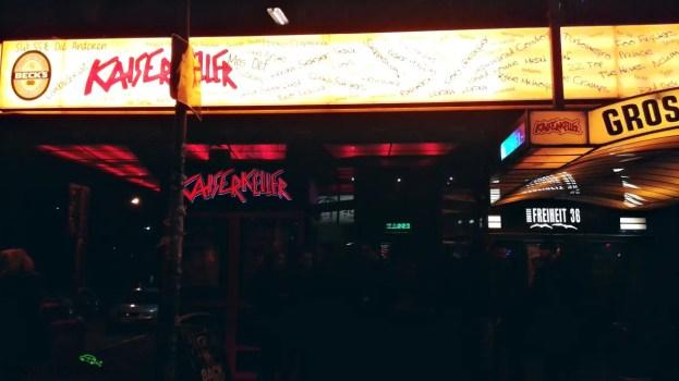 cosa fare ad amburgo: andare a vedere il Kaiserkeller, il locale dove suonavano i beatles.