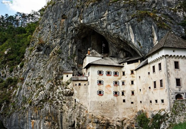 castello_predjama_Slovenia