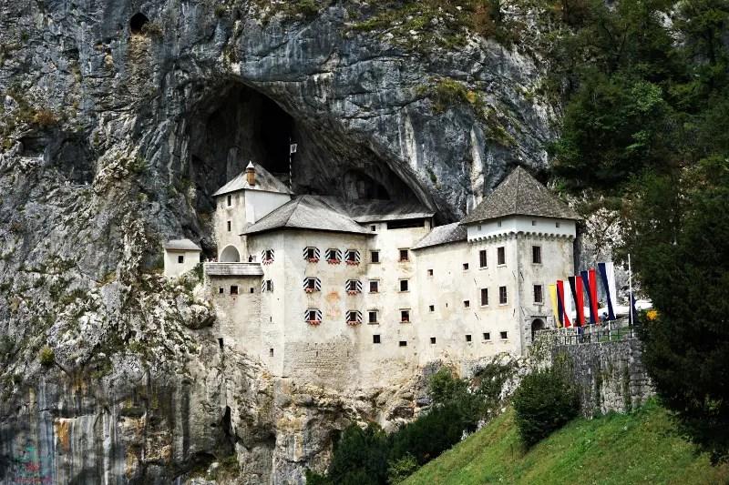 Castello di Predjama.