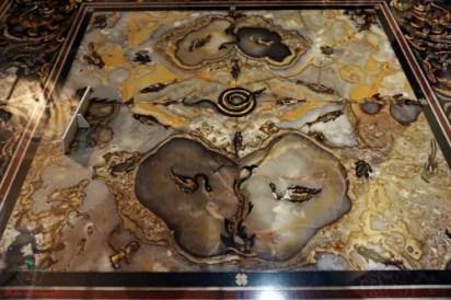 Tavolino, Galleria Aurea della Villa del principe, Genova