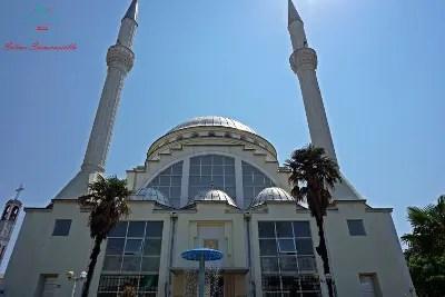 La Moschea Ebu Beker di Scutari.