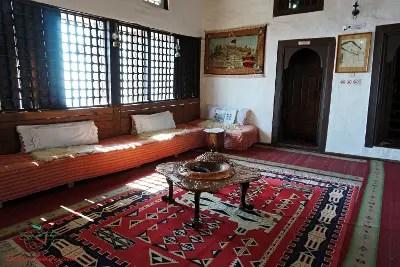 sala Museo Etnografico, Krujë città da visitare in Albania.