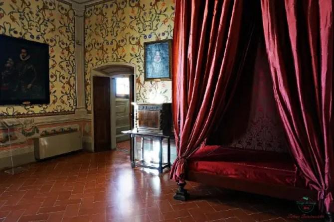 Visitare una villa medicea nei dintorni di firenze significa scoprire la stanza di Isabella de' Medici.
