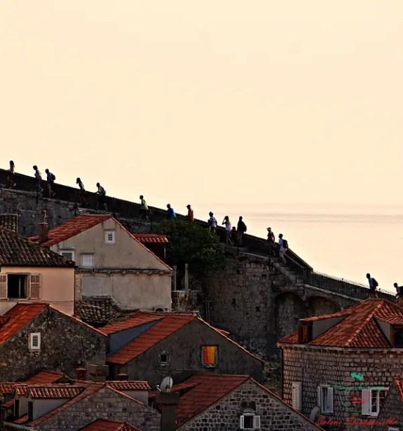 Balcani On The Road: un viaggio fotografico mura di dubrovnik croazia