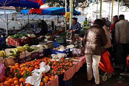 Banchi del mercato di figueres.