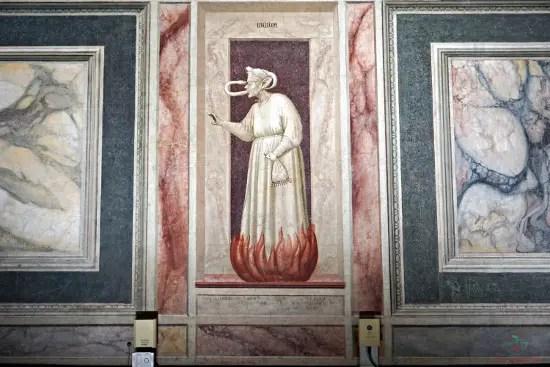 Rappresentazione dell'Invidia, Cappella degli Scrovegni, Padova.