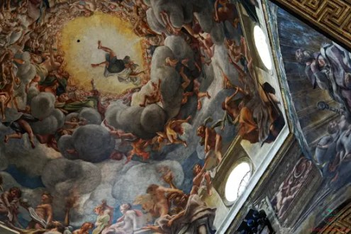 La cupola del Duomo di Parma affrescata dal Correggio è una delle cose da vedere in città.